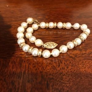 Cultured Pearl And Gold Bead Bracelet